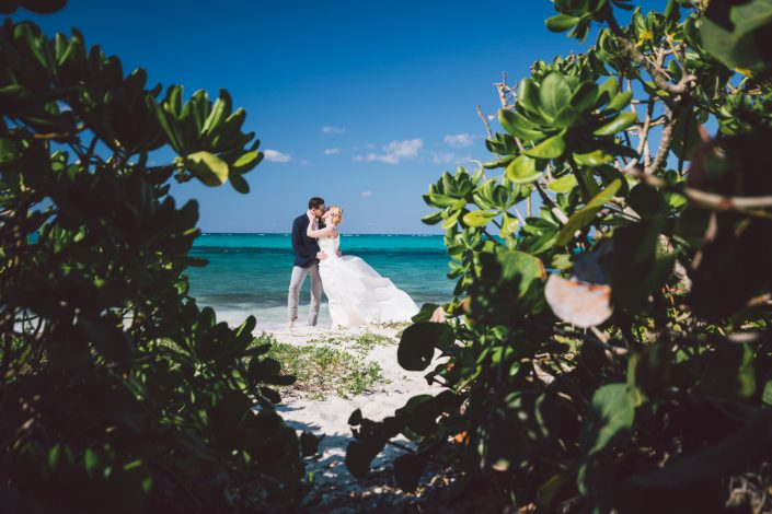 nassau bahamas beach wedding