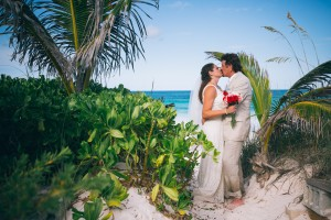 beach wedding photography in The Bahamas