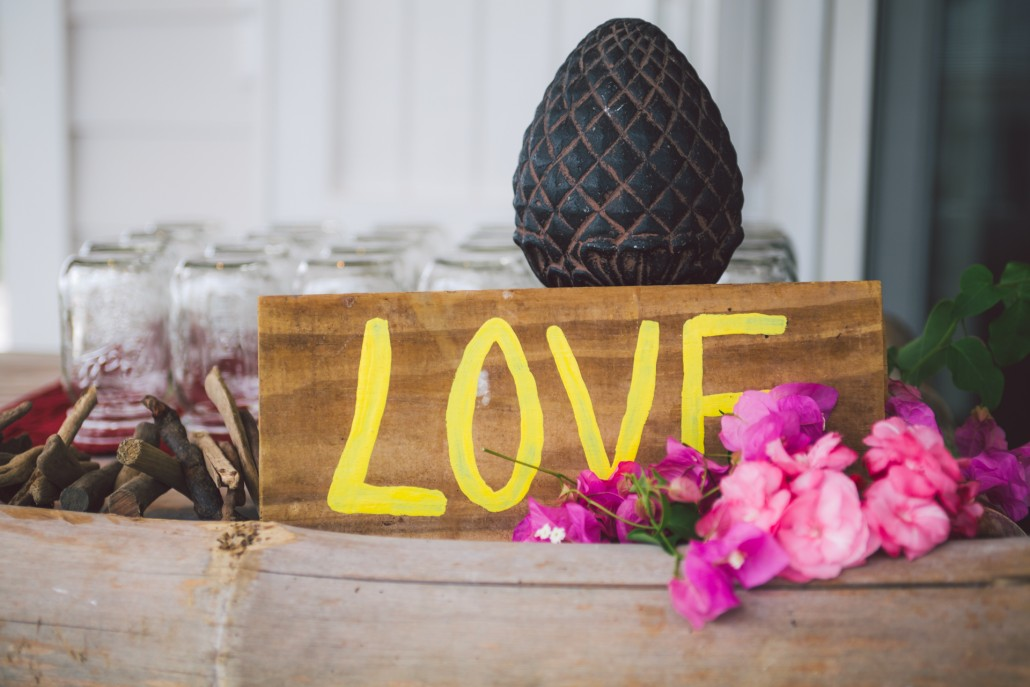 Bahamas destination wedding decor