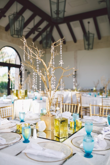 table settings and reception venue for a wedding at atlantis paradise island in the bahamas.