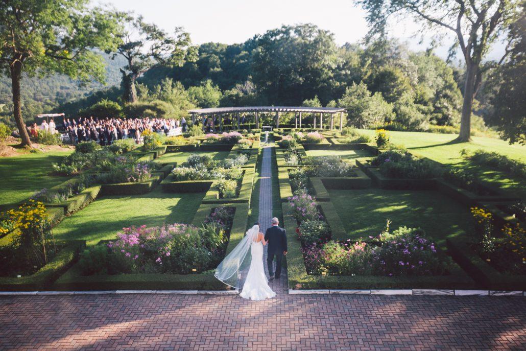 photo of Hildene wedding garden ceremony