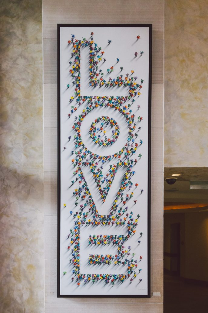 love sign at the cove atlantis